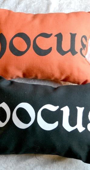 hocus-pocus-pillows